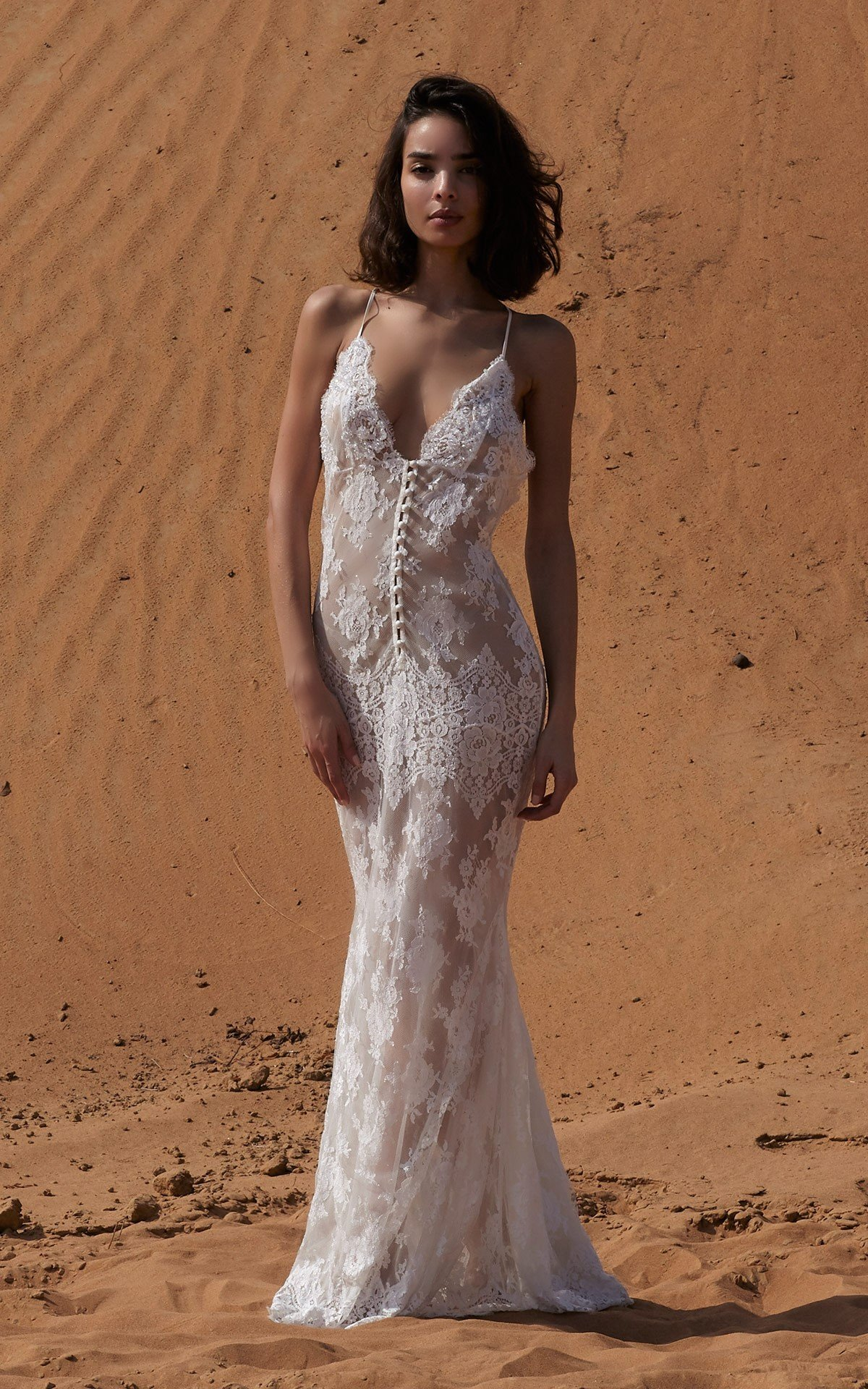 ROSAMOSARIO_A-princess-called-Meera_Fattima-the-young-bride_Embroidered-lace-tail-dress_White_1