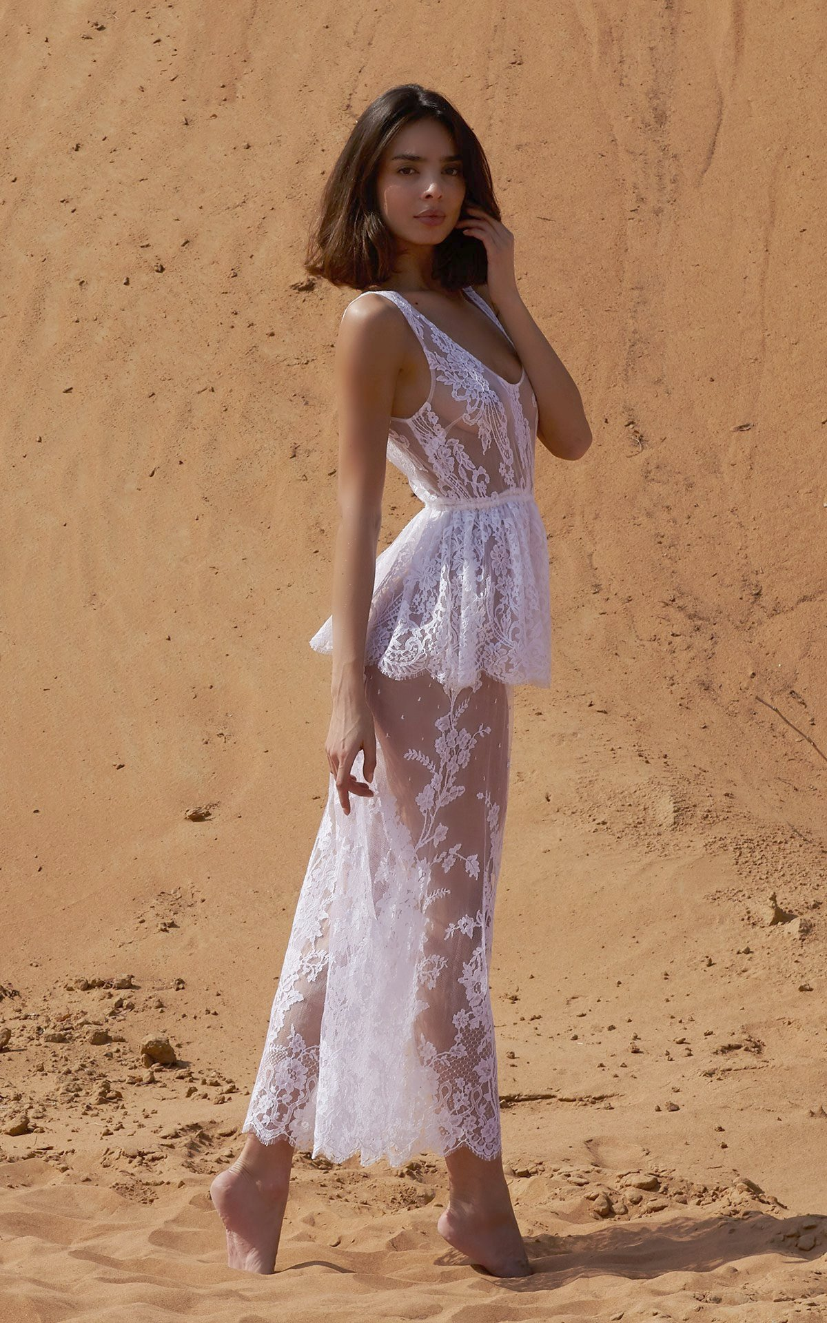 ROSAMOSARIO_A-princess-called-Meera_Fattima-the-young-bride_Lace-top-_-pants_White_2